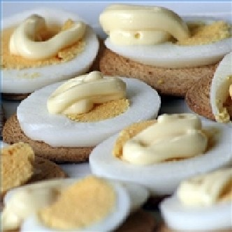 Deviled-stuffed-eggs-party-gathering-200X200